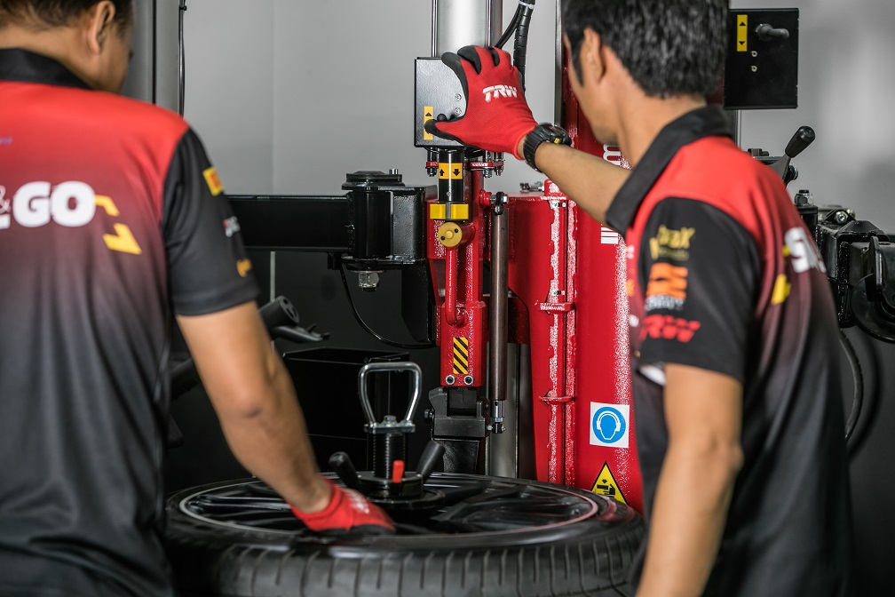 Tire Repair Service UAE