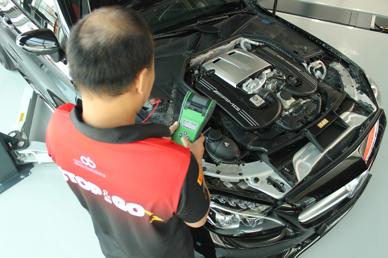Car Battery Replacement Service UAE